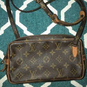 Vintage Louis Vuitton Pochette Marly Bandouliere